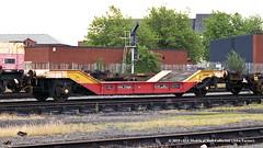 15/07/1997 - Warrington (Arpley), Cheshire. (53A Models) Tags: ews lner zxw lowmac kde278481 goodswagon freightcar warrington arpley cheshire train railway locomotive railroad