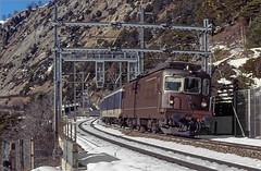 BLS Re4/4 174 (maurizio messa) Tags: re44 bls valais vallese wallis switzerland svizzera alps alpi treni trains railway railroad mau bahn ferrovia yashicafxd lötschberg lötschbergbahn