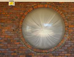 round (Grenzeloos1) Tags: hww window round er best mooi uit zo