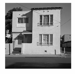 Bollard house (ADMurr) Tags: la house spanish revival rolleiflex 28 f zeiss planar bw black white dad973a