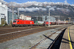 ÖBB 1116 080 + 1116 159 + 1216 005 Innsbruck Hbf (daveymills37886) Tags: öbb 1116 080 159 1216 005 innsbruck hbf baureihe siemens es64u2 es64u4 taurus cargo