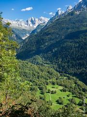 Das Bergell von Motta Pita (oberhalb von Castasegna) aus gesehen (12/09/2019 -09) (Cary Greisch) Tags: bergell che carygreisch castasegna kantongraubünden mottapita switzerland valbregaglia