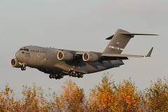 06-6158, Boeing C-17A Globemaster III US Air Force @ Ramstein RMS ETAR (2) (LaKi-photography) Tags: flugzeug plane avion aircraft transport militär military deutschland germany flughafen flugplatz airport airbase havalimanı havakuvvetleri самолет 航空機 аэропорт 空港 エアフォース ввс военновоздушныесилы transportflugzeug cargoplane cargo frachter airforce usaf usairforce luftwaffe luftfahrt aviation aviación aviaciónmilitar ramstein rms etar boeing c17 globemasteriii forcaaerea airfield canon spotting