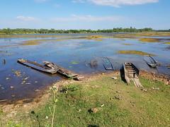 Nong Wai scenes - หนองหวาย 2 (SierraSunrise) Tags: thailand phonphisai nongkhai isaan esarn swamp pond reservoir nong nanang boats