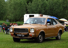 1976 Mazda 818 S Coupé (rvandermaar) Tags: 1976 mazda 818 s coupé 808 grand familia grandfamilia mazdagrandfamilia mazda818 75hv26