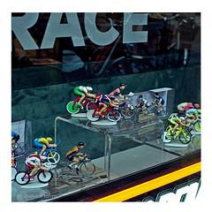 flandrien • 1 (japanese forms) Tags: ©japaneseforms2019 велосипеды ボケ ボケ味 モノクロ 日本フォーム 自転車 黒と白 baidhsagalan bicicleta bicicletas bicicletta biciclette bicycle bicycles bike bokeh candid cycle cyklar fahrräder fiets fietsen figurine figurines flandrien radfahren random square squareformat strasenfotografie straatfotografie streetphotography vlaanderen