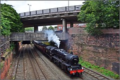 Clanking (Colin Partington) Tags: 20190721 cheshire 45690 chester 1z76 wcrc westcoastrailways 460