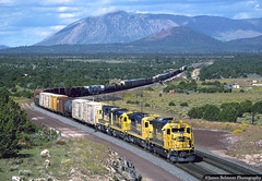 Don't Forget Winona (jamesbelmont) Tags: locomotive railway railroad train gb35u b408 ge gp35u gp50 emd route66 arizonadivide flagstaff cosnino transcon arizona winona darling atchisontopekaandsantafe santafe