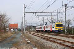 NMBS 944 - Essen (B) 11-03-2018. (Reizigerstreinen & trams) Tags: 2585 ltrein roosendaal essen antwerpen vlaanderen belgië belgioum nmbs sncb 944 duikbril ms86 am86 trein train rail zug
