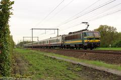 NMBS 2751 & 2753 met M4 - Essen (B) 27-04-2018. (Reizigerstreinen & trams) Tags: ic intercity 4508 charleroi essen nmbs sncb vlaanderen belgië belgium hle27 2751 2753 m4 trein train loc locomotive rail zug