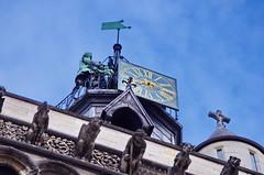 216 France - Bourgogne, Dijon, Place Notre-Dame, église Notre-Dame de Dijon (paspog) Tags: france bourgogne dijon august août 2019 statues sculprtures église kirche chiesa church placenotredame églisenotredamededijon notredamededijon fassade façade facade