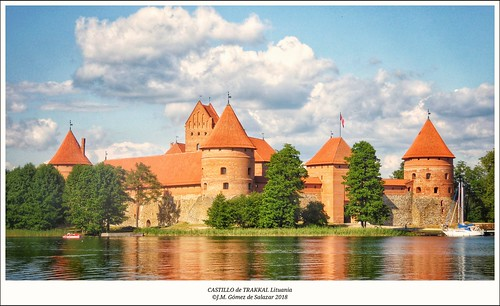 Castillo de Trakkai. Lituania / Trakkai castle. Lithuanian