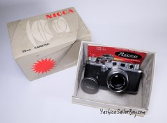 Nicca 3-S with its original box - 1953 (http://www.yashicasailorboy.com) Tags: nicca camera nicca3s rangefinder 35mm japan film 1950s photography studio