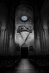 _DSC7889 (darkema666) Tags: rosace semurenbrionnais artroman clairobscur blacknwhite église church saôneetloire bourgognedusud