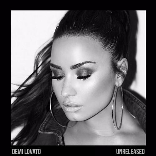 Demi Lovato fan photo