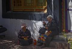 Ladies in front of Drak Lhalupuk cave temple, Tibet 2019 (reurinkjan) Tags: tibetབོད བོད་ལྗོངས། 2019 ༢༠༡༩་ ©janreurink tibetanplateauབོད་མཐོ་སྒང་bötogang tibetautonomousregion tar ütsang lhasa draklhalupukcavetemple womanསྐྱེས་དམན་kyemen བུད་མེདbümé beautifulwomanབུད་མེད་མཆོགbümemchok prettywomanབུད་མེད་མཆོར་མོbüméchormo ladyfemalewomanམོmo མོ་སྐྱེསmokyé femalesམོ་རྣམསmonam womanschubaམོ་ཕྱུmochu faceགདོང་པ་dongpa གདོང༌dong གདོང་ཁdongkha portrait portraiture facecolorགདོང་མདོགdongdok portrayal picture photograph likeness