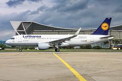 D-AIZQ Lufthansa Airbus A320-214 (buchroeder.paul) Tags: fra eddf frankfurtmain germany europe ground airport deutschland flughafen boden europa frankfurt daizq lufthansa airbus a320214