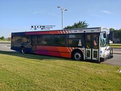 354 34 (019) S. St. Mary's (transit addict 327) Tags: viametropolitantransit bus newflyer d40lf sanantonio texas lg g7 phonecamera 2019