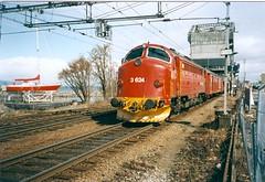 NSB Di 3 624 (Stig Baumeyer) Tags: diesellocomotive diesel diesellokomotive diesellok diesellokomotiv di3 nsb norgesstatsbaner nsbdi3 nohab nohabgm nydqvistholm trondheim trollhättan emd electromotive generalmotors gm gm16567 skansen passengertrain personenzug persontog