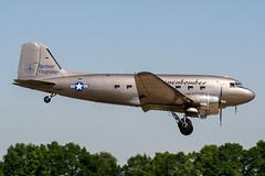 D-CXXX (PlanePixNase) Tags: aircraft airport planespotting haj eddv hannover langenhagen douglas c47b dc3 airserviceberlin rosinenbomber