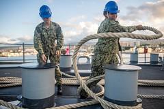 191118-N-HD110-1143 (U.S. Pacific Fleet) Tags: sailors lsd arg usnavy underway unitedstatesnavy ussharpersferry lsd49 harpersferryclass amphibiousdocklandingship ussboxeramphibiousreadygroup forgedbythesea hawaii unitedstates deployment us3rdfleet