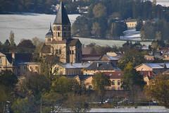Abbaye de Cluny sous la neige (Jeanne Menjoulet) Tags: bourgogne neige france clocher village abbaye cluny tgv sncf