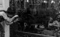 streetphotographer (ralf_hewing) Tags: wien vienna sacher cafe photographer girl sw bw canon 80d street city morning rainy charming young