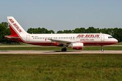 D-ABDP (PlanePixNase) Tags: aircraft airport planespotting haj eddv hannover langenhagen airberlin airbus 320 a320