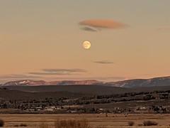 Moon over the Wasatch (ribizlifozelek) Tags: wasatch moon utah sky
