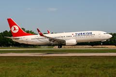 TC-JGG (PlanePixNase) Tags: aircraft airport planespotting haj eddv hannover langenhagen turkish turkishairlines boeing 737 737800 b738