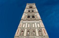 Hasta el cielo se elevaba. (Jesus_l) Tags: europa italia latoscana florencia campanile santamaríadelfiore catedral jesúsl