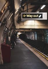 London - 87 (Shigeako) Tags: england london urban urbanphotography streetphotography tube underground tubestation undergroundstation coventgarden