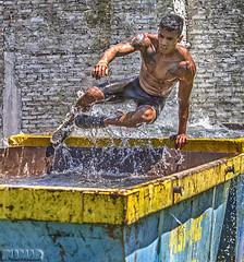Killer Race (Marina-Inamar) Tags: killerrace argentina buenosaires salto salpicar gotas agua persona sujeto deporte deportista challengegamewinner