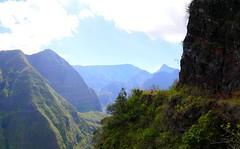Canalisation (Hanna La Nouille) Tags: mafate orangers ilet rando randonnée vert verdure ciel bleu magnifique beauté réunion island île portrait selfie