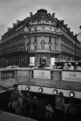 R2-E063 (David Swift Photography) Tags: davidswiftphotography parisfrance parismetro streetphotography streetscapes hotels architecture historicbuildings 35mm ilfordxp2 olympusstylusepic
