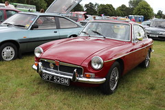 MG B GT SFF529M (Andrew 2.8i) Tags: festival unexceptional buckinghamshire middle claydon meet show coche voitures voiture autos auto cars car british sports sportscar britishleyland bl coupe liftback hatch hatchback bgt mgb gt b mg sff529m