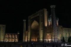 SAMARCANDA (RLuna (Instagram @rluna1982)) Tags: uzbekistan rutadelaseda samarcanda tamerlan samarkanda viaje asia vacaciones travel canon photo mezquita musulman muslim ramadan flores jardines registan rluna rluna1982 silkroad siab bazar afrosiab zoco