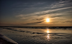 Sunset time. (Nov 19, 2019) (ms.gulbis) Tags: liepaja balticsea sea water walking sunset seascape seaside seashore beach baltic evening reflection waves