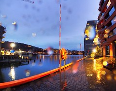 Blue hour in Bjørvika, Oslo. Rain & reflections.