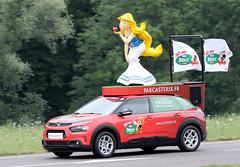 Caravane Publicitaire Tour de France 2019 (gimbellet) Tags: canon nikon auto automobiles cars camion car véhicules voiture motor transport transportation extérieur french france pub publicité publicity
