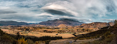 Speargrass Flats Queenstown (paulphotographe) Tags: newzealand south island southisland aotearoa centralnz clouds tussock land sky wine mountains