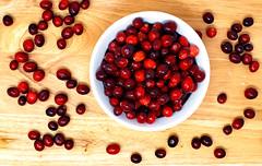 Those Crazy Cranberries (WilliamND4) Tags: fruit berries cranberries nikon d810 autumn