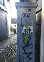 Nute (svennevenn) Tags: nute viceroynute pasteups gatekunst streetart bergen
