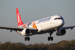 TC-JRO Airbus A321 231 Turkish Airlines Euro League Colours (Barry Swann) Tags: airbus airbusa321 a321 airbuslovers turkishairlines turkey visitturkey istanbul manchester manchesterinternational manairport mag aircraft tcjro euroleague football specialcolours landing aircraftlanding touchdown hamburg canoncamera canon sigma sigmalens aviation avgeeks avgeek aircraftspotter