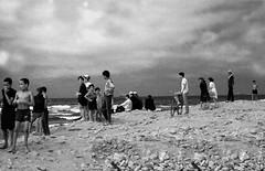 Maroc. 1968. Bord de mer (TikoTak) Tags: maroc africa afrique blackwhite blackandwhite noirblanc noiretblanc boy garçon kids affinity
