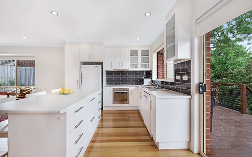 2/17 Lewis Gr, Mount Waverley VIC 3149