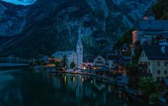 Hallstatt (bervaz) Tags: hallstatt altaaustria austria sony 1635mm fe f28 horaazul bluehour iglesia pueblo pueblojuntoalmar