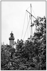 Warnemünde, lighthouse (unukorno) Tags: warnemünde mecklenburgvorpommern deutschland lighthouse leuchtturm sw bw blackwhite frame balticsea monochrome