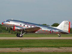 N17334 Douglas DC-3 (johnyates2011) Tags: eaaairventure oshkosh oshkosh2017 dc3 douglas douglasdc3 n17334
