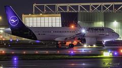 Lufthansa Airbus A320-NEO D-AINN (antowo1) Tags: 1g7a7531 lufthansa neo airbus a320 dainn runway frankfurt airport flughafen planes aircraft canon night lights nacht lichter aeroporto aeropuerto luchthaven euro fraport takeoff